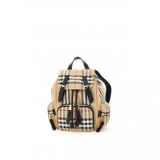 [해외]20FW[버버리]VINTAGE CHECK RUCKSACK _ 8032708 _ Beige/Black/Red